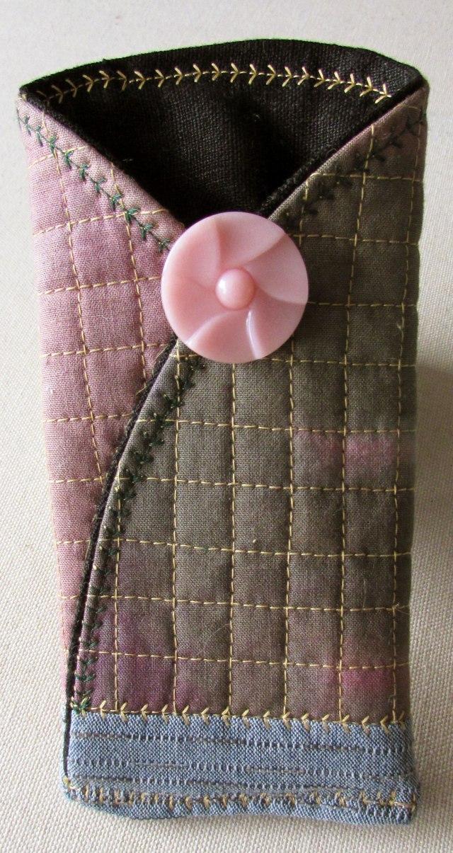 pinkbuttonfrt